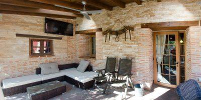 patio1-casa-rural-las-herencias